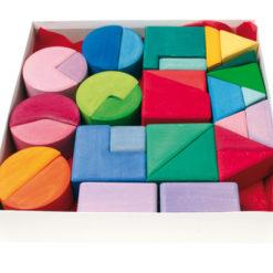 Zestaw kolorowych klocków - trójkaty