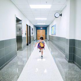 powrót do szkoły po zdalnym nauczaniu